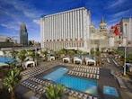 Excalibur-Las-Vegas-Pool