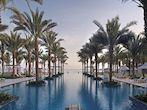 al-bustan-palace-infinity-pool