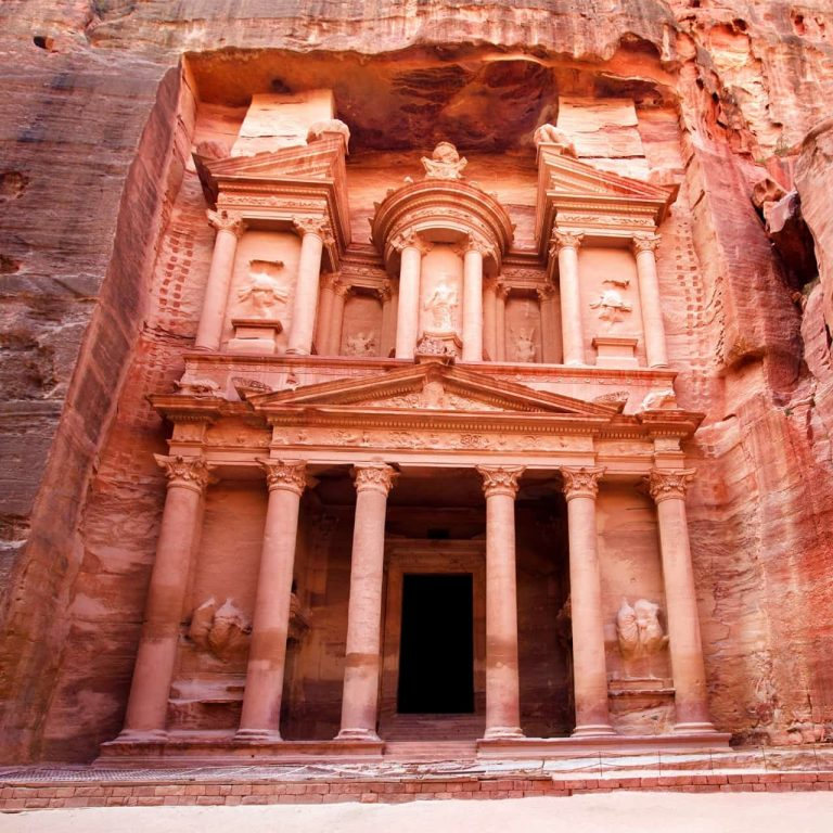 Short breaks in Petra