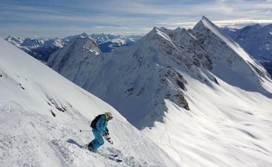 skiing off piste
