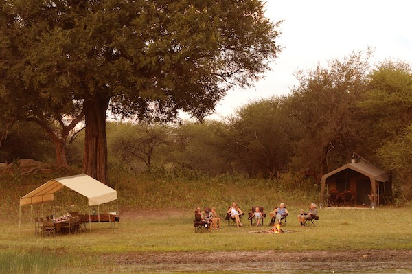 botswana-letaka-tented-camp-outdoor-dining
