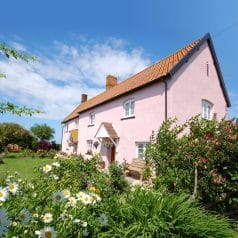 UK - farm - self catering