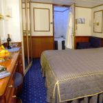 Comfortable en suite cabins
